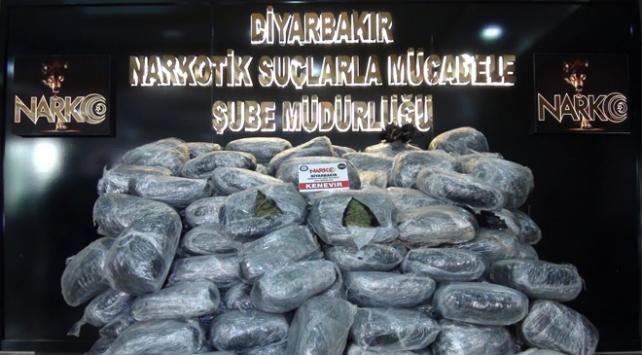 Diyarbakırda 490 kilogram uyuşturucu ele geçirildi