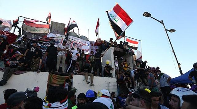 Iraktaki gösterilere müdahale: 15 yaralı