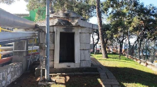 Bursada 2 bin 400 yıllık mezar odası fabrikada korunuyor