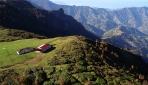 Hıdırnebi Yaylası sonbahar manzarasıyla ziyaretçilerini ağırlıyor