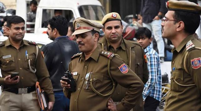 Hindistanda Babri Cami kararı sonrası 37 kişi gözaltına alındı