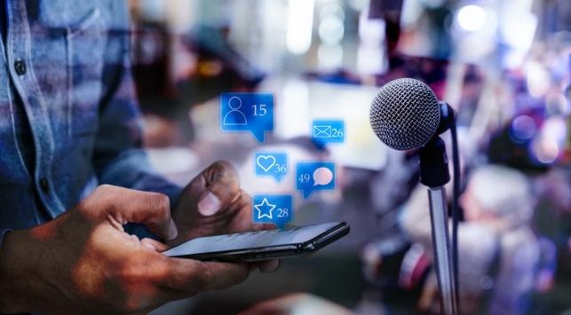 Meydanlardan ekranlara: Teknoloji siyasetin tarzını nasıl değiştirdi?