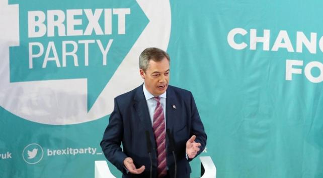 Brexit Partisi, Başbakan Johnsonın partisine karşı aday çıkarmayacak