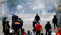 Morales'in istifasının ardından Bolivya'da sokak gösterileri yapılıyor