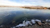 Doğu'da termometreler eksiye düştü: Kura Nehri buz tuttu