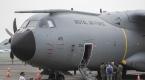 Birleşik Krallıka ait A400M tipi kargo uçağı Endonezyada