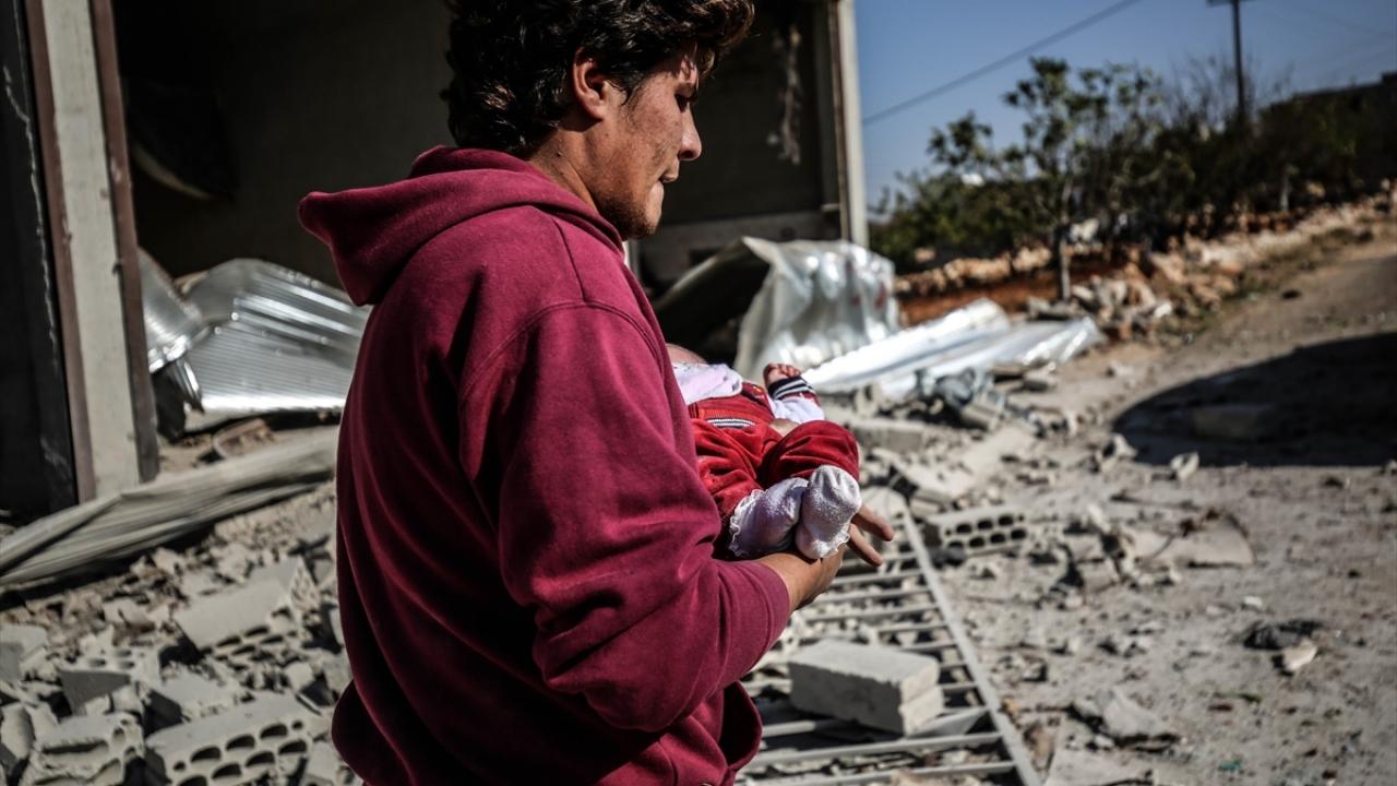 Rusya'nın İdlib'e hava saldırısında 2 sivil daha öldü