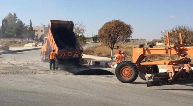 Türkiyeden Tel Abyada yol ve elektrik hizmeti
