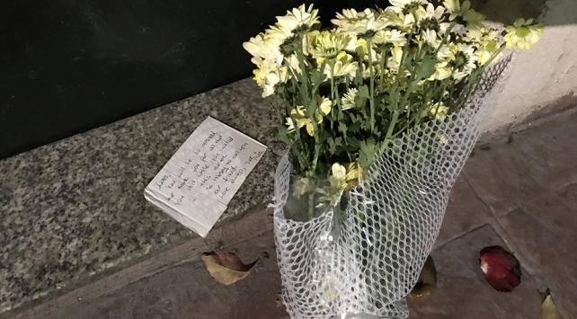 Ölü bulunan İngiliz ajanın ofisine teşekkür notu bırakıldı