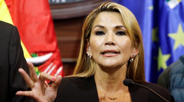 Bolivyada geçici devlet başkanı belli oldu