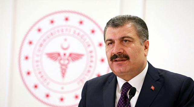Sağlık Bakanı Koca, Yıldırım Akbulutu hastanede ziyaret etti