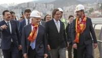 Gençlik ve Spor Bakanı Kasapoğlu, İzmir'de yapımı süren statları inceledi