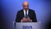 """Eski BBVA Başkanı Gonzalez, """"rüşvet vermek ve şirket casusluğuyla"""" suçlanıyor"""