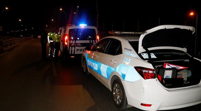 Adana'da 2 şüpheli 10 kilometrelik kovalamaca sonucu yakalandı