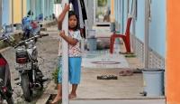 Endonezya'da son 8 saatte 5 büyüklüğünün üzerinde 13 deprem