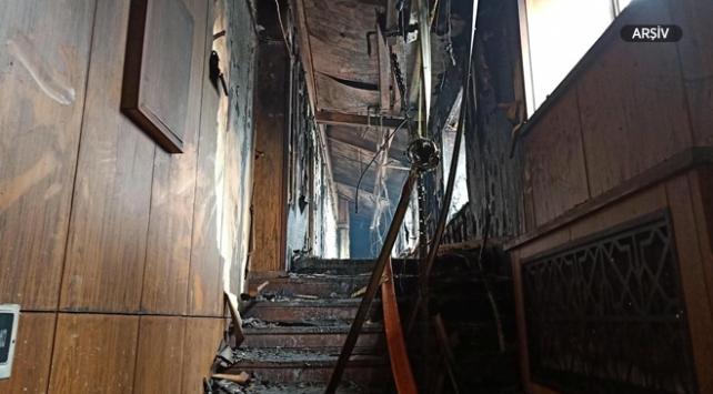 Çinde bina yangını: 5 ölü