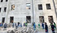 Cami inşaatında çöken iskelenin altında kalan inşaat mühendisi aranıyor