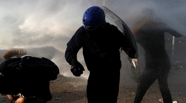 Şilide polis müdahalesi nedeniyle çok sayıda kişi görme yetisini kaybetti