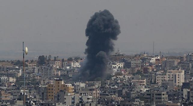 İsrail ordusu Gazzede bazı hedeflere hava saldırıları düzenledi