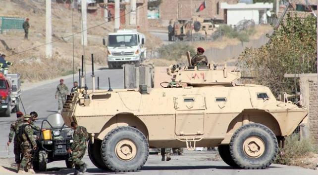 Afganistanda 615 DEAŞ üyesi teslim oldu