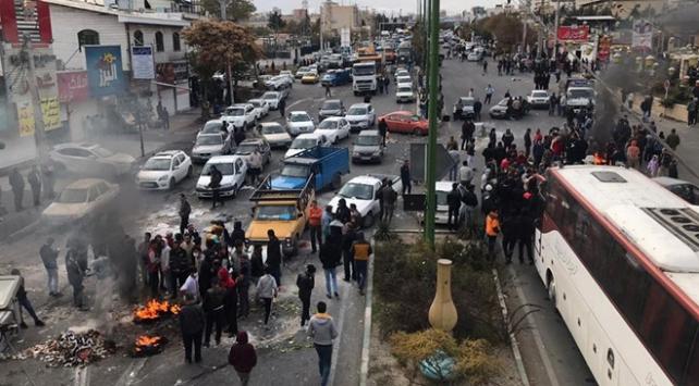 İran Başsavcısından göstericilere uyarı