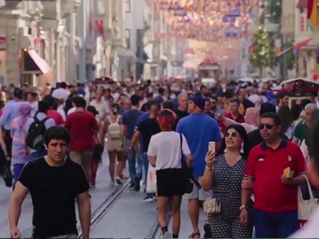 Yabancılar kendi dillerinde Türkiye'yi anlattı