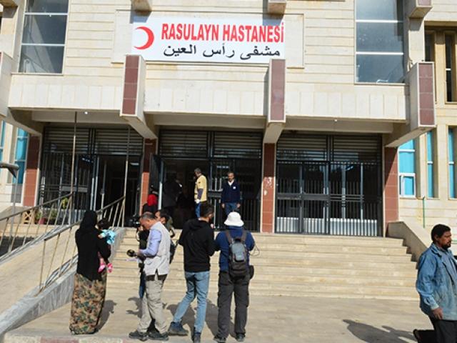 Terör işgalinden kurtarılan hastane Rasulaynlılara şifa dağıtıyor