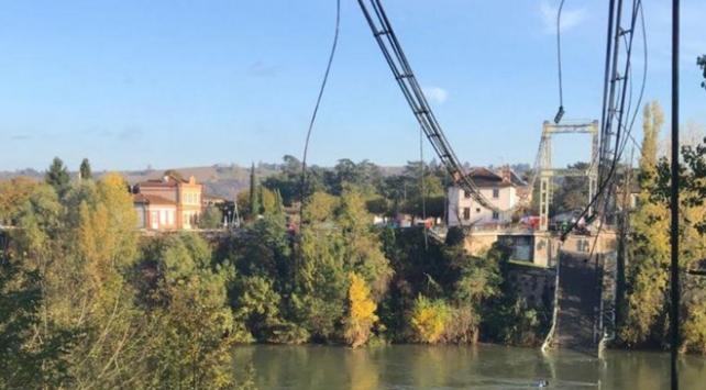 Fransada köprü çöktü: 2 ölü
