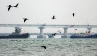 Rusya, Kerç Boğazı'nda el koyduğu gemileri Ukrayna'ya teslim etti