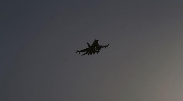 """Burkina Fasodan Fransaya """"uçaklarınızı vururuz"""" uyarısı"""