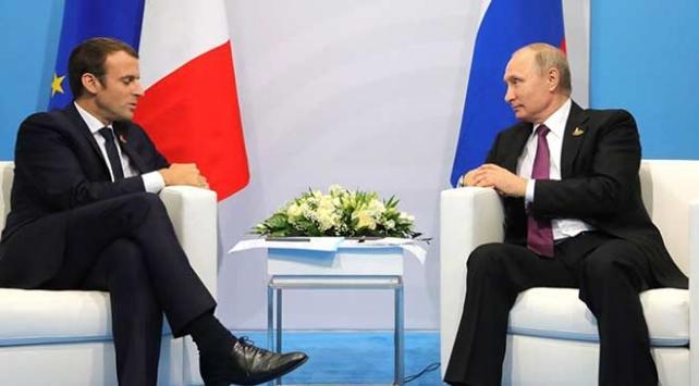 Putin ile Macron telefonda Ukrayna ve Suriyeyi görüştü