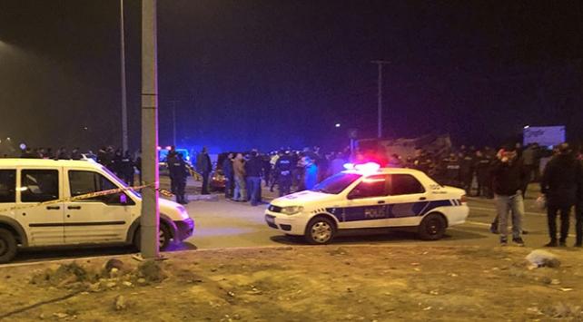 Iğdırda zırhlı polis aracı ile otomobil çarpıştı: 4 yaralı