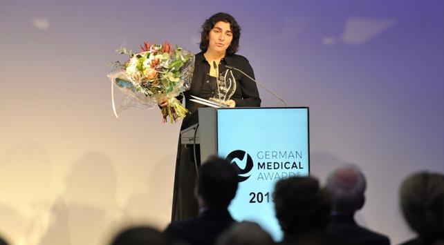 Kalp Cerrahı Dilek Gürsoy, Alman Tıp Ödülünü aldı