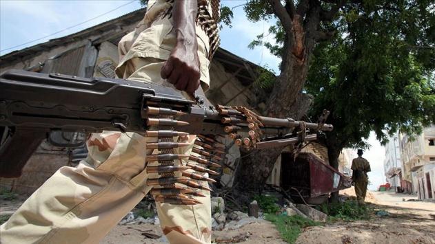 Malide askeri birliğe terörist saldırı: 24 ölü