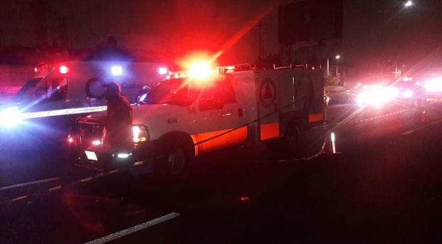 Meksikada 3 otobüs çarpıştı: 11 ölü, 25 yaralı