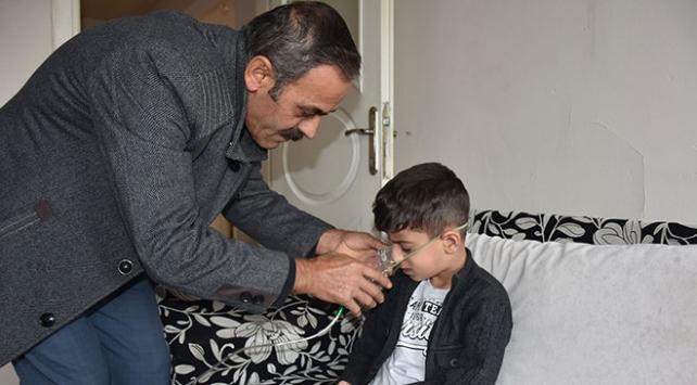 5 kez evlat acısı yaşayan aile Ömer için yardım bekliyor