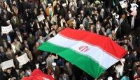 """Hamaney'e yakın İran gazetesinden """"protesto liderleri idamla yargılanacak"""" iddiası"""