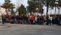 Edirne'de tırın dorsesinde 117 düzensiz göçmen yakalandı