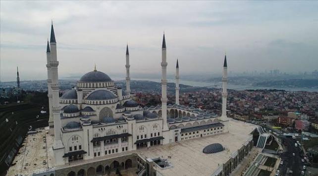 İstanbulda sabah ezanı imsak vaktinde okunacak