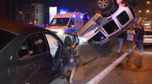 Kadıköydeki zincirleme kaza trafikte yoğunluğa neden oldu