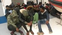İzmir'de 38 düzensiz göçmen yakalandı