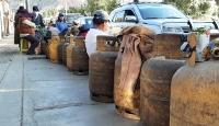 Bolivya'da gıda ve yakıt sıkıntısı