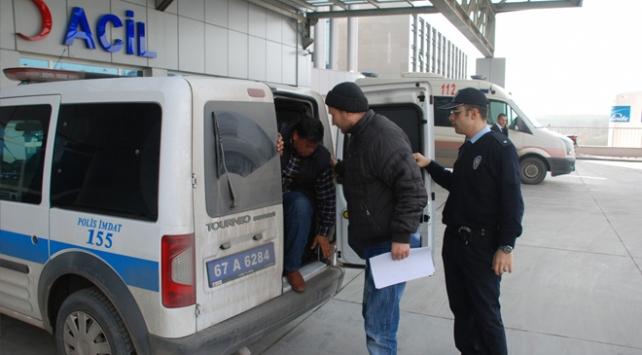 Cezaevinden çıktı, 990 uyuşturucu hapla yakalandı