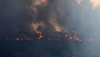 Avustralya'daki yangınlar nedeniyle 3 eyalette daha alarm verildi