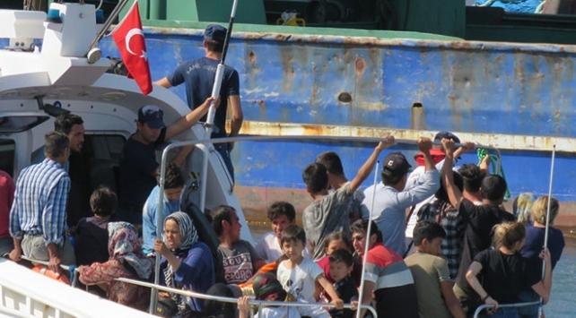 İzmirde 132 düzensiz göçmen yakalandı