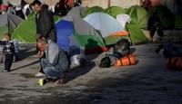 """Yunan adalarında """"Kapalı göçmen kampı"""" uygulaması"""