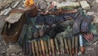 Terör örgütü PKK'ya ait patlayıcı madde ve mühimmat ele geçirildi