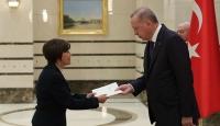 Ekvator Büyükelçisi Puma Puma'dan Cumhurbaşkanı Erdoğan'a güven mektubu