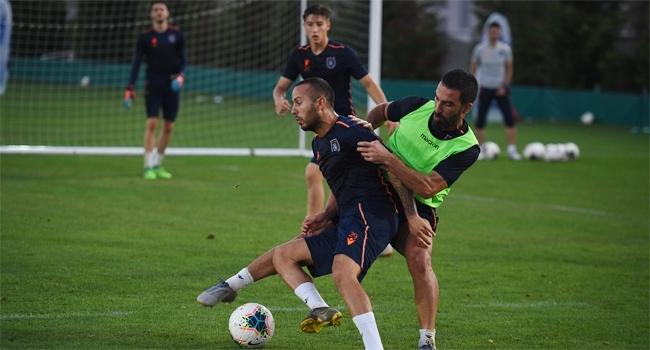 Medipol Başakşehir, Roma maçı hazırlıklarına başladı