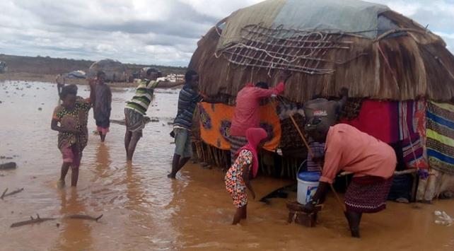 Kenyada şiddetli yağış toprak kaymasına sebep oldu: 24 ölü